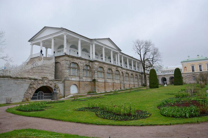 Palais catherine les jardins suite for Architecte grand palais
