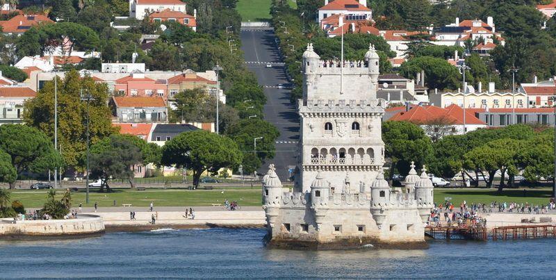 Lisbonne belem depuis le tage 1 for Construire le belem